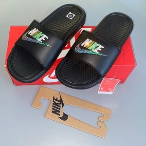 Nike Bling Icy Green Slides😍 Size 8